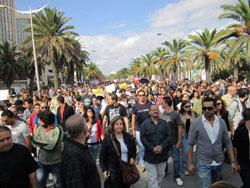 """مسيرة """"اعتقني"""" تعارض الاحتجاج على """"نسمة"""" وسيدة متحجبة تحتج وتتعرض لاعتداء Manif1"""
