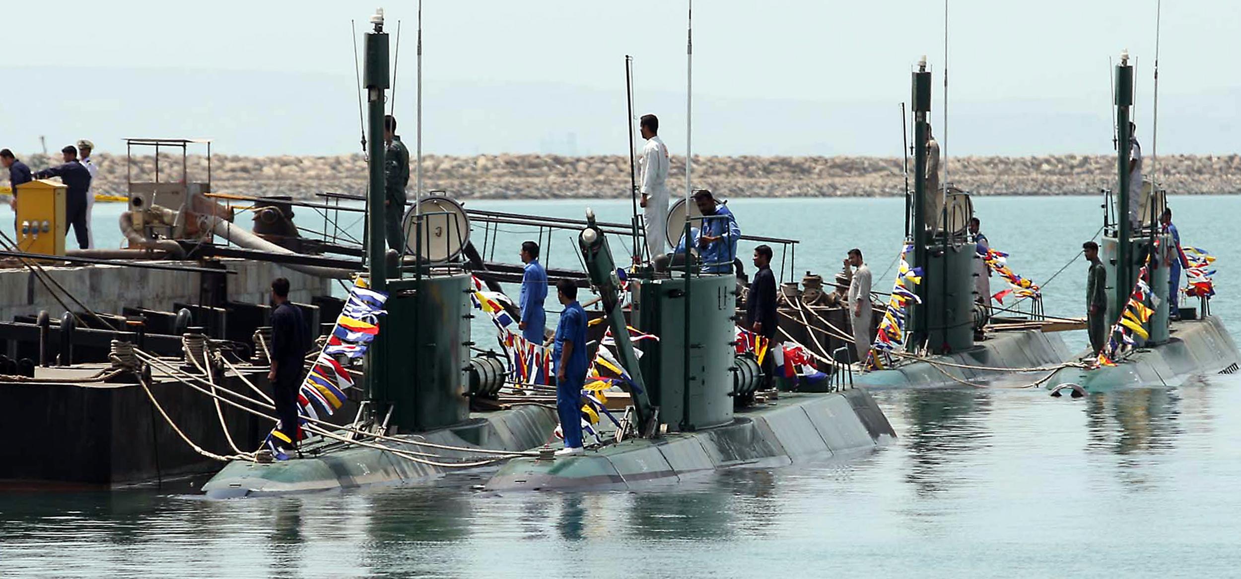 دراسة...الغواصــات في الخليــــج العــــربي DFN-dimdex-iran-threat
