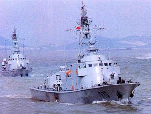 الصين تنجح فى صنع اول زورق صاروخى جديد فى العالم F2006111309223000076