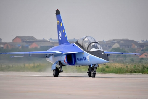 الطائرة الايطالية M-346 ثمرة التصنيع الايطالى الروسى ! - صفحة 2 F201211151349313174284121