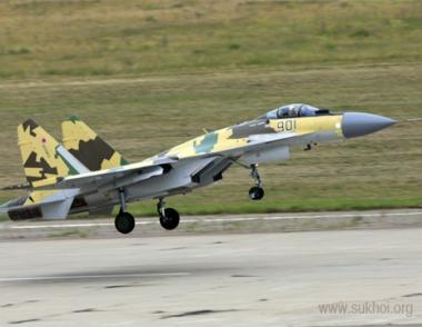 مقارنة بين احدث الاسلحة الروسية والامريكية 29738