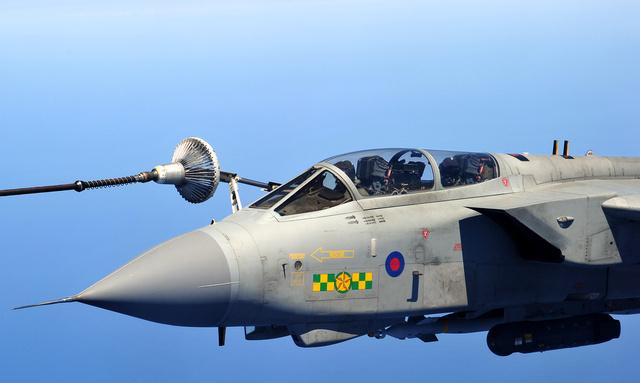 بريطانيا تسعي لبيع طائرات حربية للبحرين والإمارات بقيمة أكثر من 7 مليارات جنيه  668717