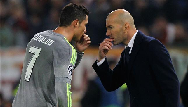 ريال مدريد يحصد النجمة 12 ويكرس العقدة ليوفنتوس Cristiano-ronaldo-zinedine-zidane