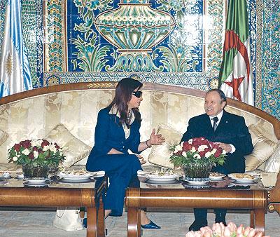 (البرنامج الفضائي الجزائري)  والعلاقات الجزائرية الايرانية.  News1.495205