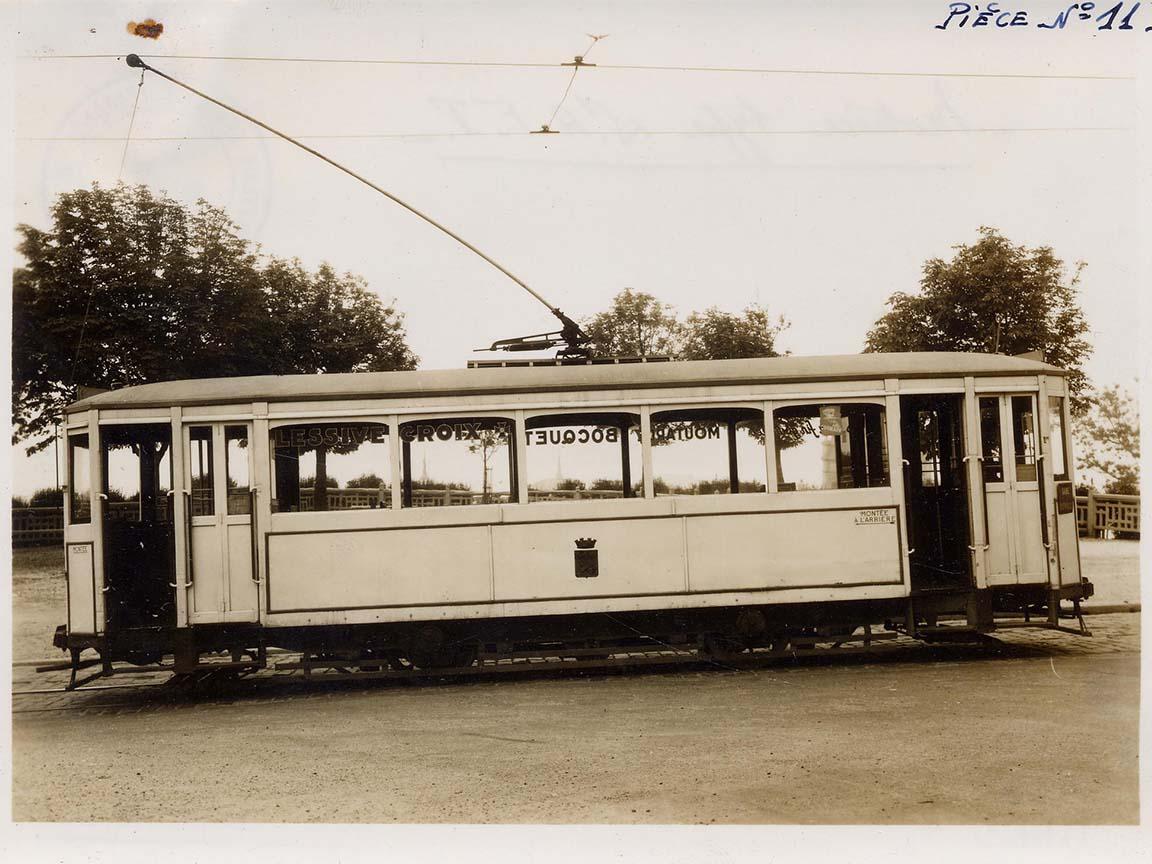Photos historiques du réseau havrais (bus, tram, funi...) - Page 9 Vue24