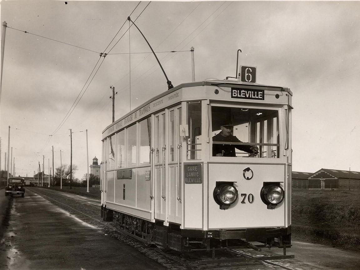 Photos historiques du réseau havrais (bus, tram, funi...) - Page 9 Vue38