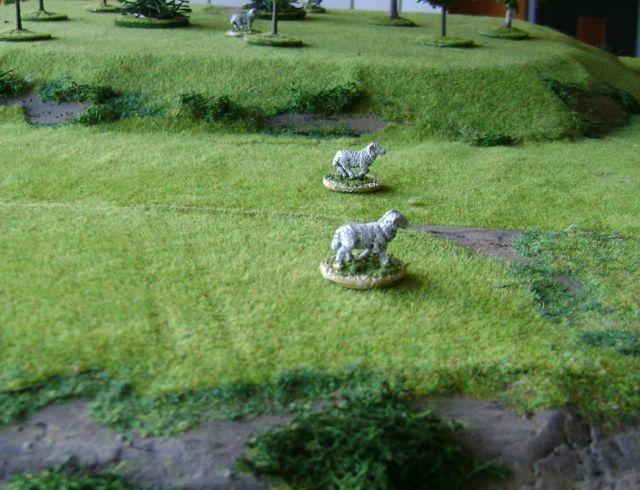 Figurines d'animaux pour mouvements cachés Recomout1