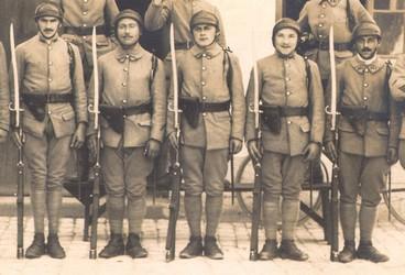 Armement et équipement Français en 1940 - Page 2 Soldats%20des%20chars%20et%20mousqu%201874-SG