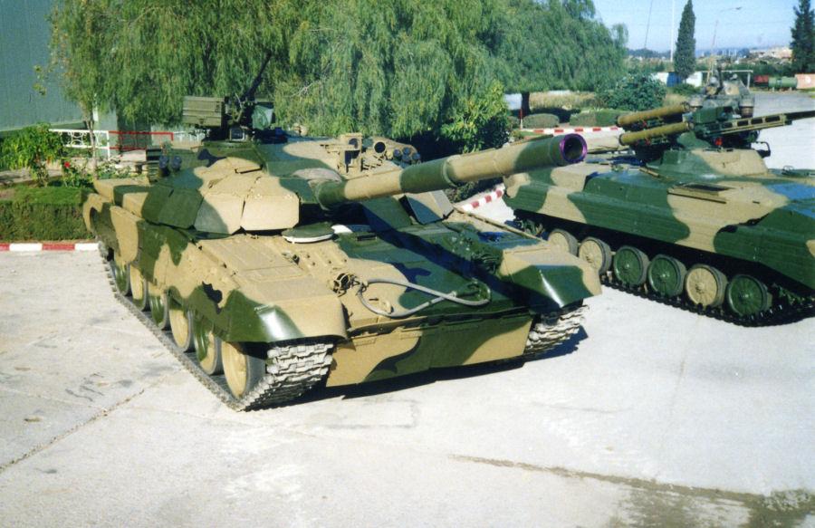 المغرب صيحصل رسميا على الابرامز M1A1 SA(special Armor) ,حصري  - صفحة 4 T72amg_05