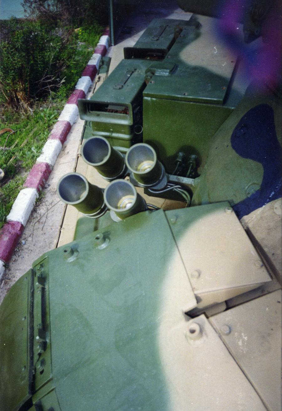 دبابات تي-72 مطورة محليا في الجزائر   T72amg_24
