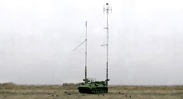 Russian Ground Forces: News #2 - Page 12 Russian_army_units_of_Eastern_District_have_received_new_Borisoglebsk-2_electronic_warfare_vehicles_640_001