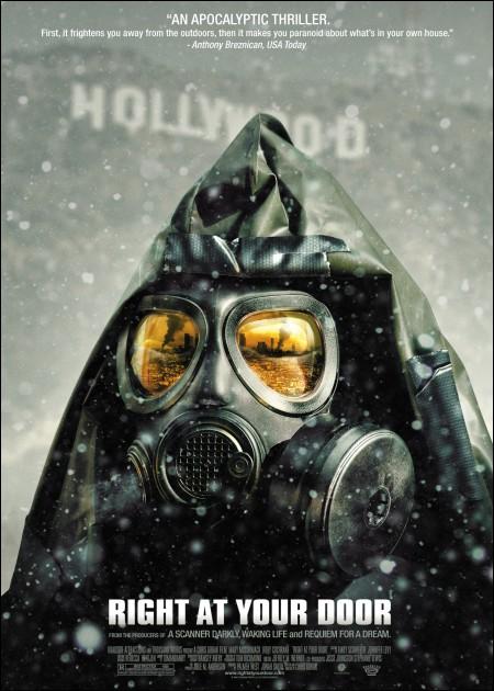 Films - Biopics, fictions-historiques, etc.  Posterdevanttaporte
