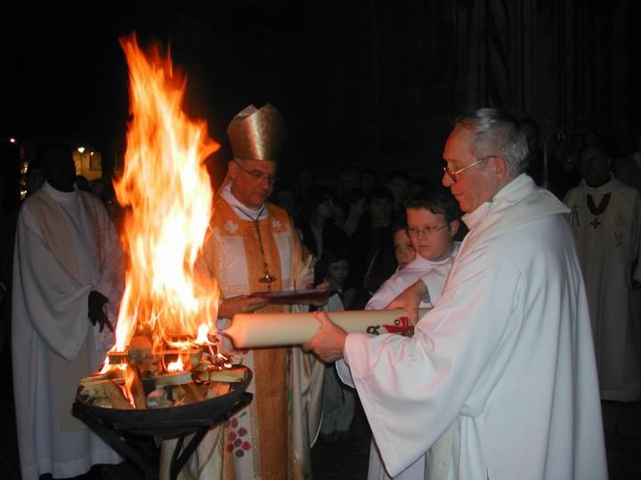 BEAUTÉS DE L'ÉGLISE CATHOLIQUE: SON CULTE, SES MOEURS ET SES USAGES; SUR LES FÊTES CHRÉTIENNES - Allemagne - 1857 Veillee-paques-55344_14