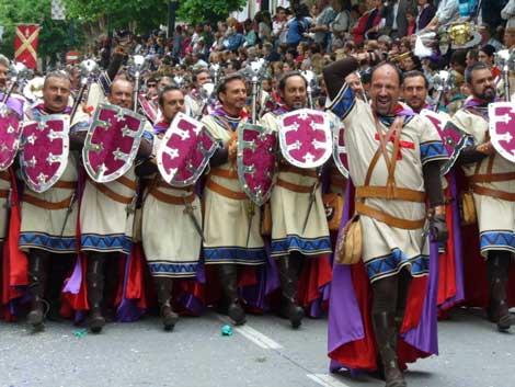 J'aimerais connaître un Zebre qui me ressemble - Page 3 Fiesta-moros-cristianos-alcoy