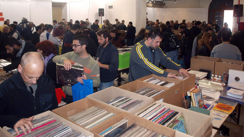 Vinyl is Back: Σε εικόνες η μεγάλη τριήμερη γιορτή βινυλίου, που ξεκινά αύριο! Visb800g