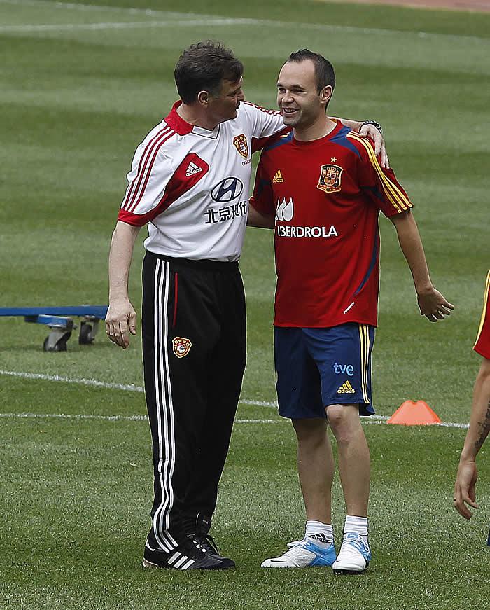 ¿Cuánto mide José Antonio Camacho? 1349850418_740215_0000000001_noticia_grande