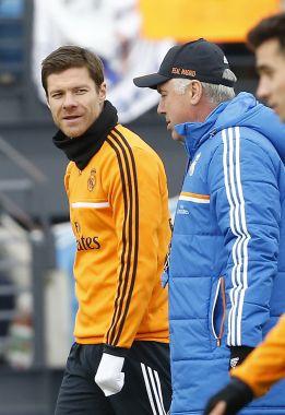 XAlonso 2 años más en el R.Madrid....vendrá luego como  Técnico de la Real ? 1388887033_444438_1388887122_noticia_normal