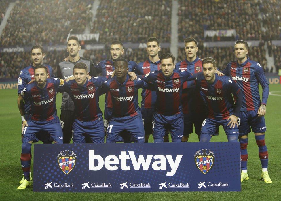صور مباراة : ليفانتي - برشلونة 0-5 ( 16-12-2018 )  1544989648_089308_1544991674_album_grande