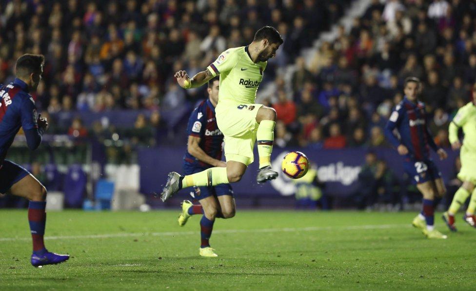 صور مباراة : ليفانتي - برشلونة 0-5 ( 16-12-2018 )  1544989648_089308_1544993956_album_grande