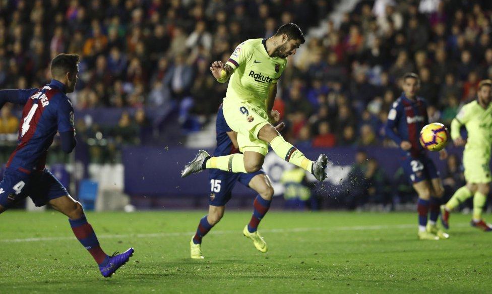 صور مباراة : ليفانتي - برشلونة 0-5 ( 16-12-2018 )  1544989648_089308_1544993957_album_grande