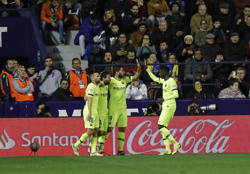 صور مباراة : ليفانتي - برشلونة 0-5 ( 16-12-2018 )  1544989648_089308_1544993958_album_grande