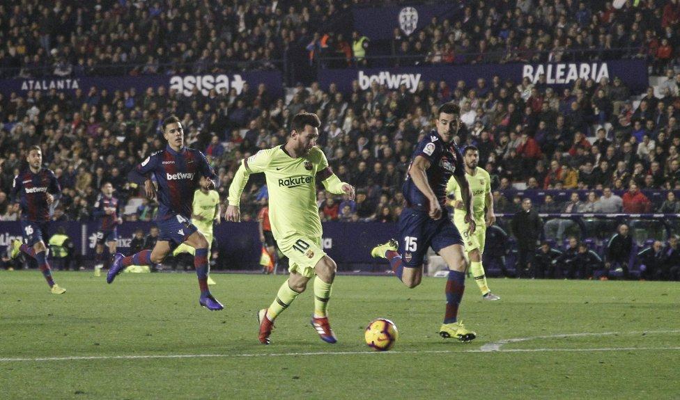 صور مباراة : ليفانتي - برشلونة 0-5 ( 16-12-2018 )  1544989648_089308_1544994249_album_grande