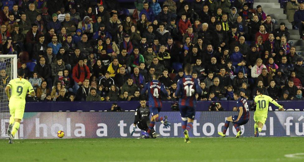 صور مباراة : ليفانتي - برشلونة 0-5 ( 16-12-2018 )  1544989648_089308_1544994253_album_grande