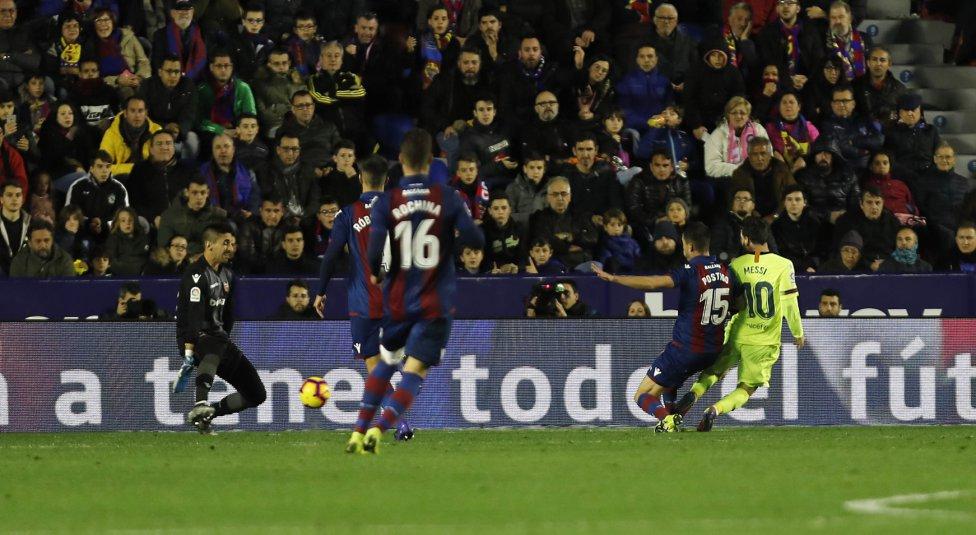 صور مباراة : ليفانتي - برشلونة 0-5 ( 16-12-2018 )  1544989648_089308_1544994254_album_grande