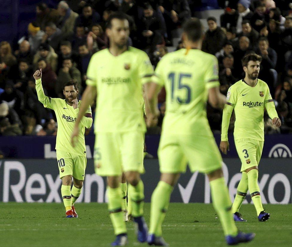 صور مباراة : ليفانتي - برشلونة 0-5 ( 16-12-2018 )  1544989648_089308_1544994730_album_grande
