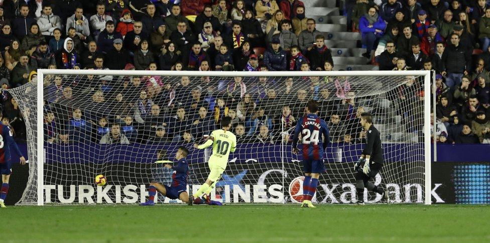 صور مباراة : ليفانتي - برشلونة 0-5 ( 16-12-2018 )  1544989648_089308_1544996386_album_grande
