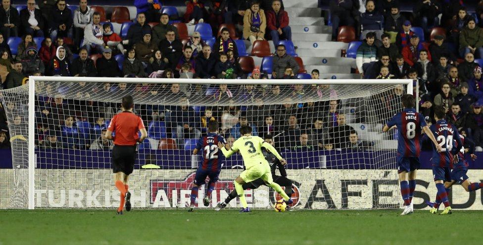 صور مباراة : ليفانتي - برشلونة 0-5 ( 16-12-2018 )  1544989648_089308_1544997906_album_grande