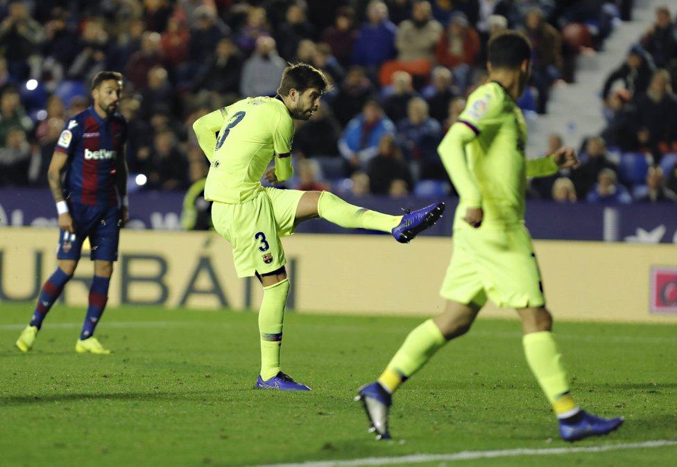 صور مباراة : ليفانتي - برشلونة 0-5 ( 16-12-2018 )  1544989648_089308_1544997912_album_grande