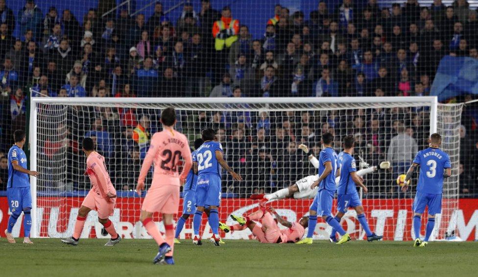صور مباراة : خيتافي - برشلونة 1-2 ( 06-01-2019 ) 1546790714_239467_1546808520_album_grande