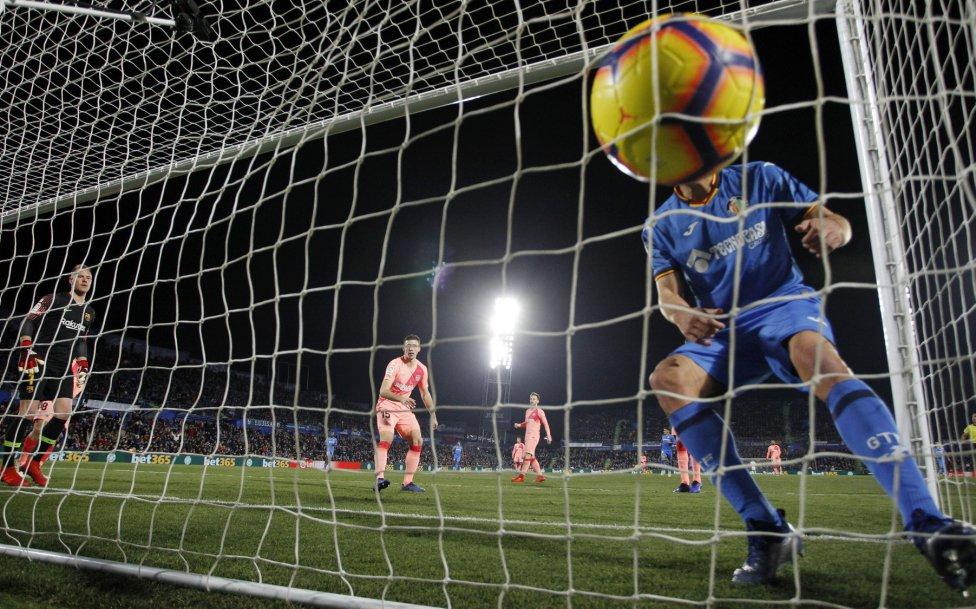 صور مباراة : خيتافي - برشلونة 1-2 ( 06-01-2019 ) 1546790714_239467_1546809004_album_grande