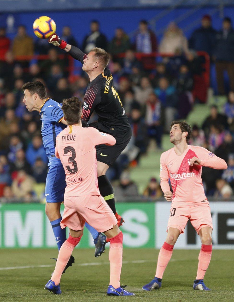 صور مباراة : خيتافي - برشلونة 1-2 ( 06-01-2019 ) 1546790714_239467_1546812871_album_grande