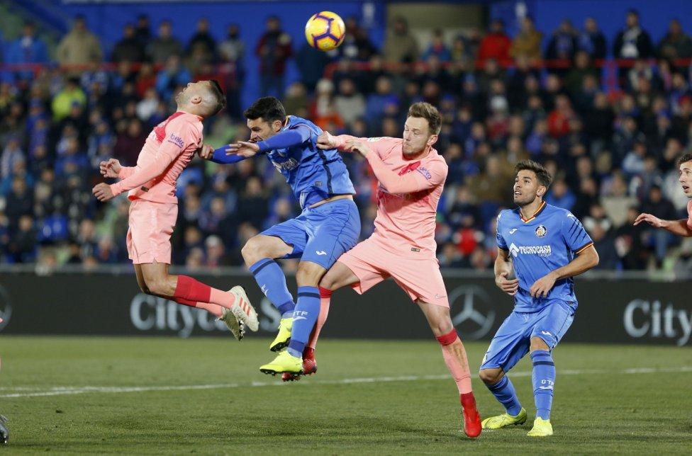 صور مباراة : خيتافي - برشلونة 1-2 ( 06-01-2019 ) 1546790714_239467_1546812872_album_grande