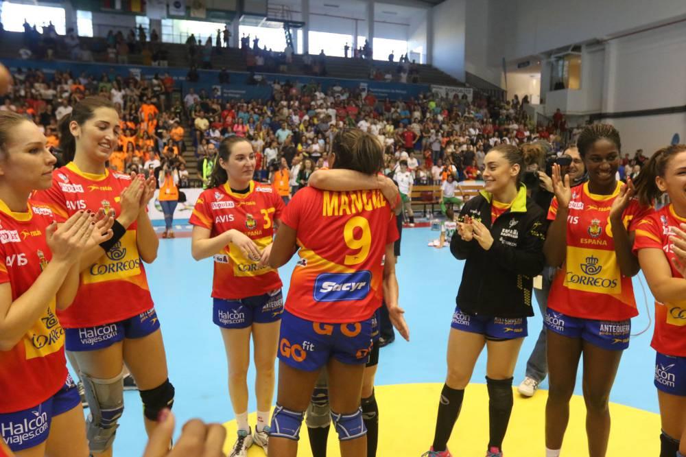 Selección femenina Balonmano 2016 - Página 2 1465569219_448868_1465569319_noticia_normal