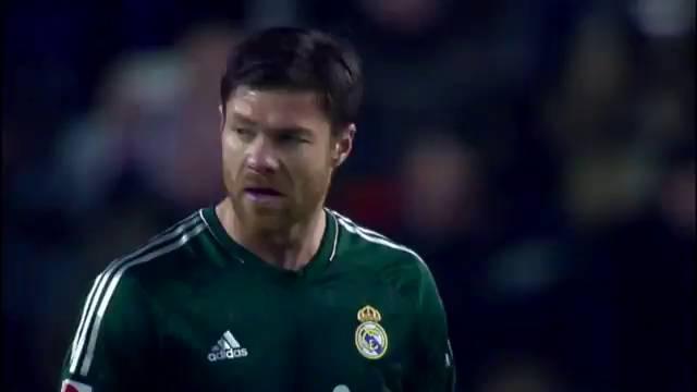 XAlonso 2 años más en el R.Madrid....vendrá luego como  Técnico de la Real ? 1388865207_196711_19122200_fotograma_2