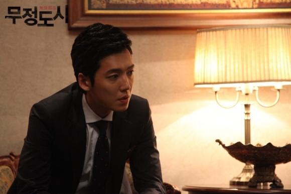Сериалы корейские - 9 - Страница 16 Cruel_City_-_Korean_Drama-0062