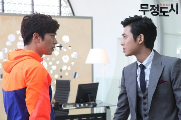 Сериалы корейские - 9 - Страница 16 Cruel_City_-_Korean_Drama-0050