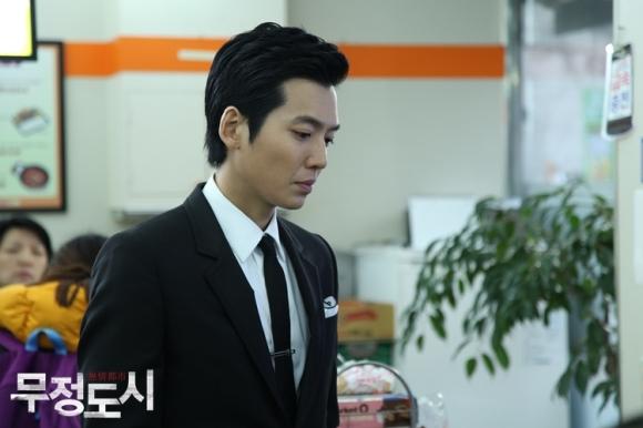 Сериалы корейские - 9 - Страница 16 Cruel_City_-_Korean_Drama-0007