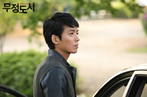 Сериалы корейские - 9 - Страница 16 Cruel_City_-_Korean_Drama-0022