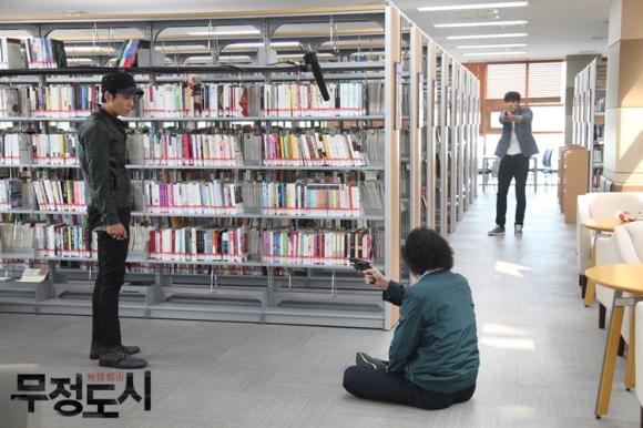 Сериалы корейские - 9 - Страница 16 Cruel_City_-_Korean_Drama-0061