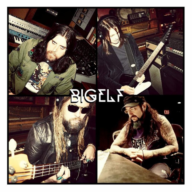 Bigelf: Into The Maelstrom (2014) - Página 2 Bigelfband2013_638