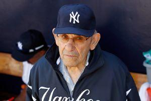 Murió Yogi Berra a los 90 años Espn_g_berra_b2_300x200