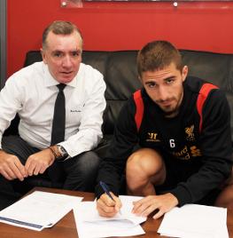 [Mercato officiel 2012/2013] en Images (pas de commentaires) Copy_of_prliverpoolnewboy03