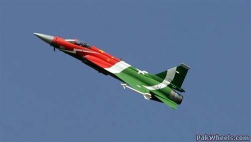 الصين : الحكومة المصرية بدأت الانتاج المشترك لجى اف 17 بعدما اشترت 48 واحدة والصين تصدر المدفع بلز 4 - صفحة 2 Jf-17pak_P2K_PakWheels%28com%29