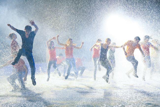 Pariu cu viata - Page 37 Din-episodul-de-luni-pariu-cu-viata-un-dans-spectaculos-in-ploaie-si-muzica-ruseasca