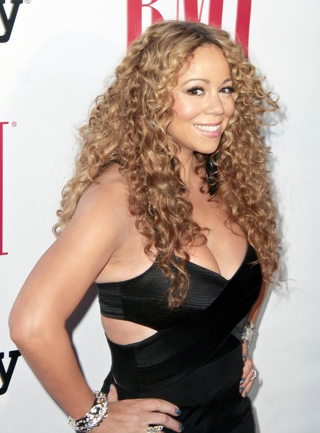 The Off Topic Awards (II Edición) - Resumen (Pag.1) - Página 27 Mariah-carey-red-carpet-pic