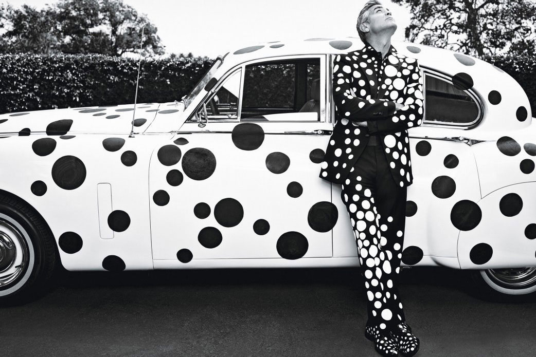 Black and White Pictures!!! George-Clooney-Yayoi-Kusama-W-Magazine-Yellowtrace-04